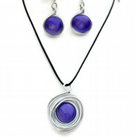 Larg Round Large Purple Glass Necklace Pendant & Earrings Set