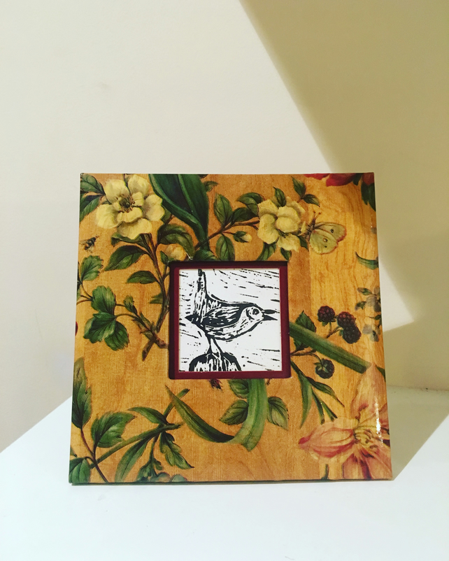 Miniature Wren Lino Print in Decorative Frame