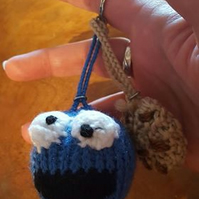 hand knitted cookie monster style key ring