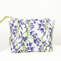 Floral Wisteria Makeup bag for Christmas, birthdays and anniversaries