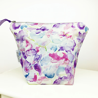 Floral Sweet Pea wash bag for Christmas gifts, Anniversaries and birthdays