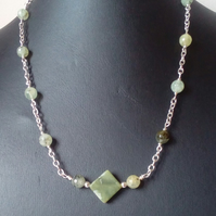 Silver necklace with prehnite and jade bowenite beads