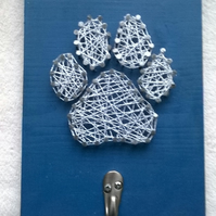 Dog paw string art with hook