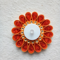 Quilled tea light candle holder