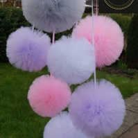 Tulle Pompoms wall decoratin set of 7 - Wedding  Baby Shower  Party  Birthday
