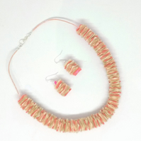 Coral Shades Felt Necklace & Earrings