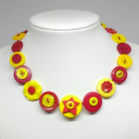 Hot Fancy Button Necklace