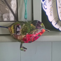 Robin red breast floral hanging decoration