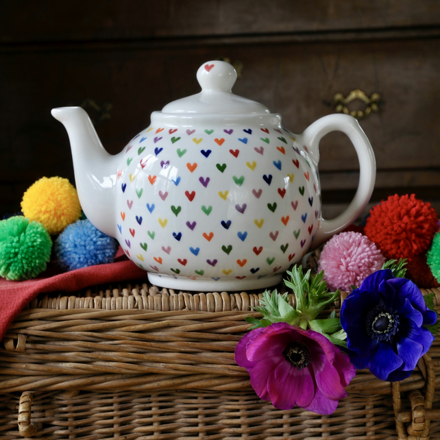 Love Hearts Teapot