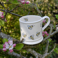 Bees Country Mug