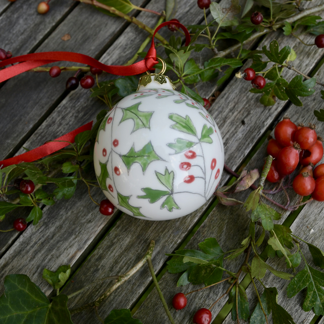 Winter Berries Bauble