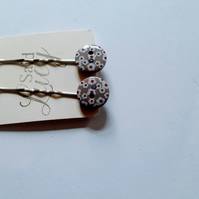 Grey pretty button floral bobby pins