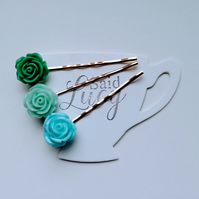 Lovely spring greens and blue floral bobby pins
