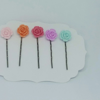 5 flower bobby pins