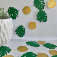 Monstera Leaf and gold circle garland