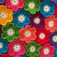 20 Crochet Flowers Handmade Applique Embellishment Craft Bags Cushions Blankets
