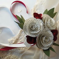 Petite Bridesmaid Posy Book Page Roses with Ivory Rose Buds