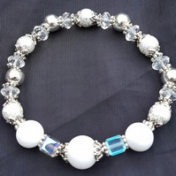 Gorgeous Winter Sparkle stretch bracelet and earring set