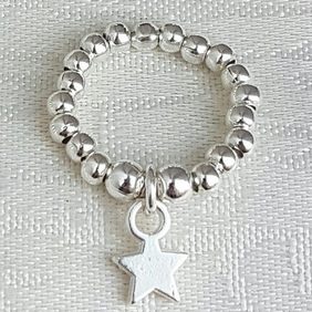 Beautiful Silver bead Star charm Ring - UK Size K
