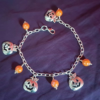 Creepy-Cute Pumpkin charm Halloween bracelet