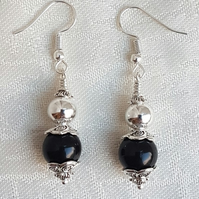 Beautiful Darkness and Light Earrings - Silver tones