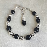 Gorgeous Black and Silver Bracelet - Style 2