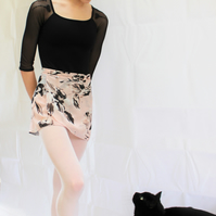 The Abstract Rose skirt (small)
