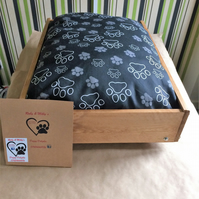 bespoke chunky solid dog bed