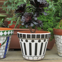 21cm Mosaic Garden Plant Pot - Black & White
