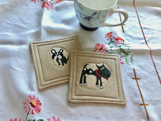 Pair of coasters - dogs
