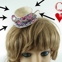 Miniature Teacup Hair Slide-Liberty Floral Hearts