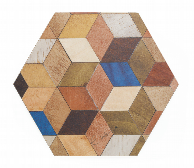 Place mats 4 or 6 hexagonal multicolour melamine coated for heat proof to 160