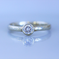 Recycled 9ct white gold, hammered band with diamond, 4 mm,ethical jewellery