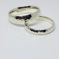 Wedding ring set 5mm and 3mm in recycled 9ct white gold.