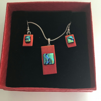 Fused glass dichroic jewellry set