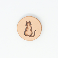 Leather cat brooch