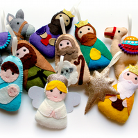 Make Your Own felt Nativity Garland Kit. Sewing pattern. DIY Craft