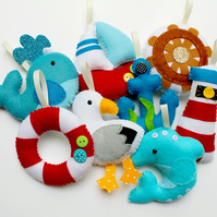 Make Your Own felt Nautical Garland Kit. Sewing pattern. DIY Craft. Sew Your Own