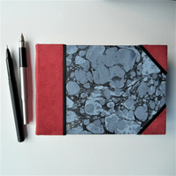 Sketchbook marbled covers Fabriano pages easy carry size