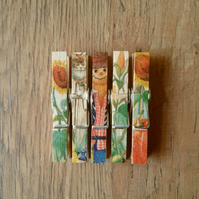 Hand made Decoupaged clothes peg fridge memo magnets set of 5,magnets,Scarecrow.