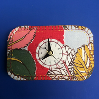Leaf clock- small and wide
