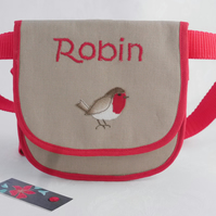 Robin belt bag with appliqued robin and embroidered name