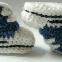 Converse style baby booties, soft soles, various sizes and colours