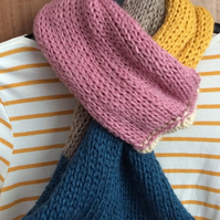 Block colour looped scarf snood