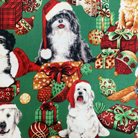 Quality Crafting Fabric 110cms Wide, 150gsm, 100% Cotton Poplin - Christmas Dogs