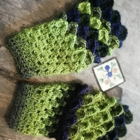 Green and Black Crochet Wrist Warmers