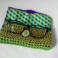 Green Crochet Glasses Case