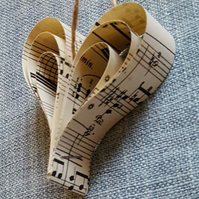 10x Original Vintage Music Paper Hanging Hearts
