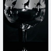 Giraffe Gin Balloon or Cocktail Glass - Boxed