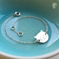 Personalised Sterling Silver Little Cat Face Bracelet, gift for cat lovers
